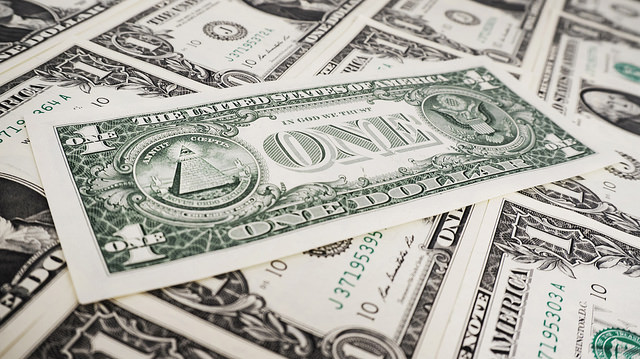 Oversupply of capital makes dumb startups